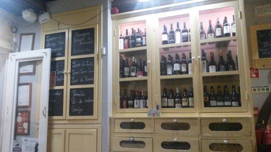 Vieux meubles d tourn s picture of venda da donna maria funchal tripadv - Vieux meubles restaures ...