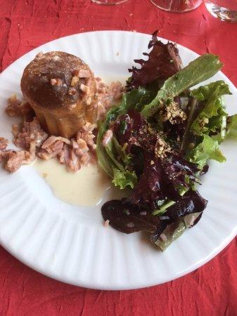Itteville, France: muffins au roblochon