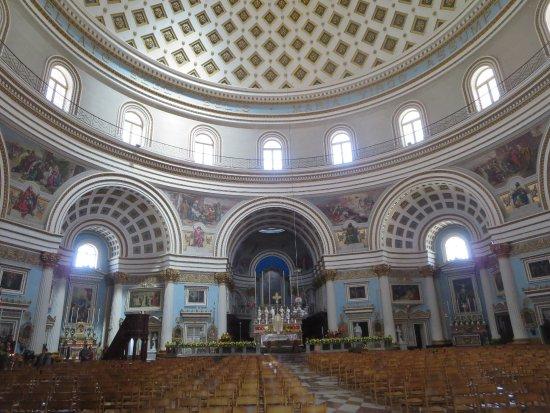 Rotonda (Iglesia de Santa María): Interior dome