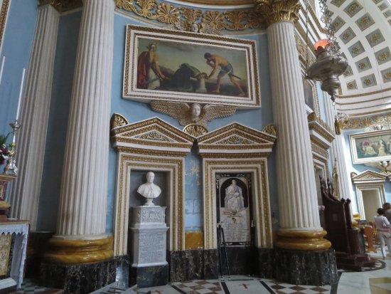 Rotonda (Iglesia de Santa María): Important dead people