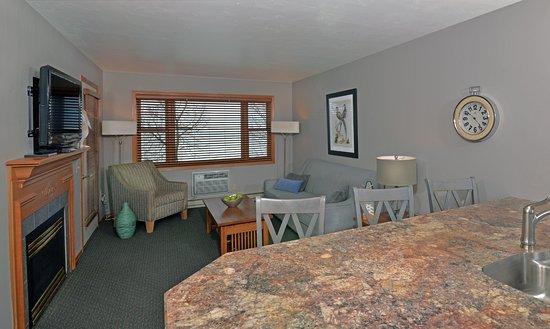 Interior - Picture of Westwood Shores Waterfront Resort, Sturgeon Bay - Tripadvisor