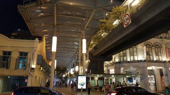Chinatown: Китайский квартал Сингапура