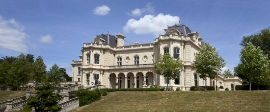 Leatherhead, UK: The front of Cherkley Court