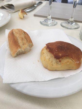 Genzano di Lucania, Taliansko: Pane congelato in Basilicata.... no comment!?!? Il resto ancora peggio....