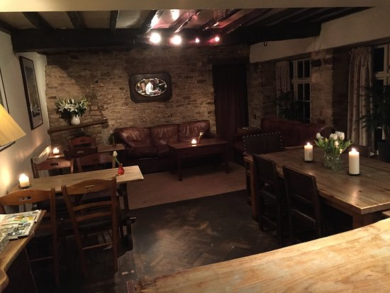 Kirtlington, UK: The interior