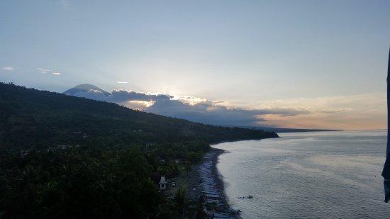 Bali Waenis Sunset View: 20170424_174211_large.jpg
