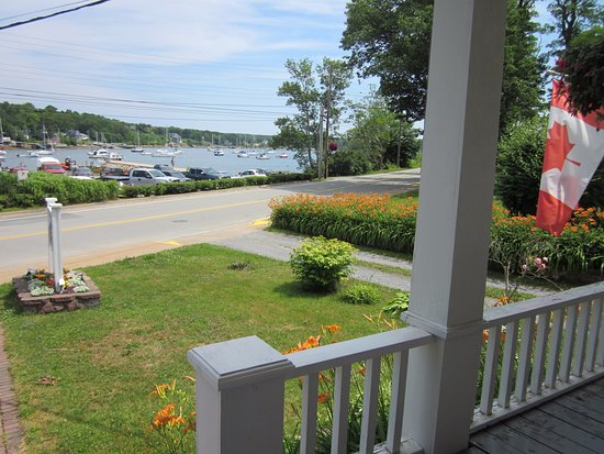 Heart's Desire Bed and Breakfast: View from veranda