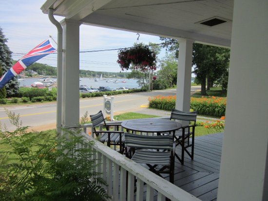 Mahone Bay, Canada: Our veranda & view