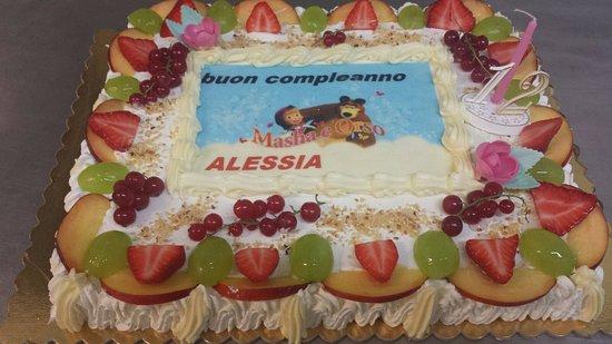Torta Masha E Orso Bild Von Pasticceria Dolci E Salati Marchirolo