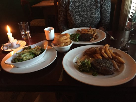 Crathorne, UK: Best steak and chips ever