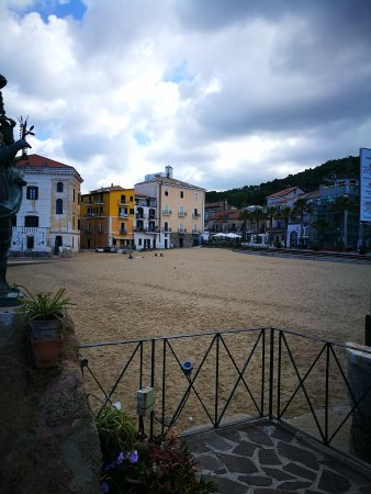 Palazzo Iaquinto: IMG_20170423_101719_large.jpg