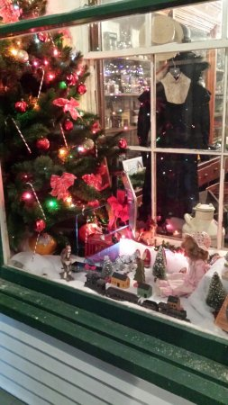 Airville, PA: Looking at the Christmas display in the General Store's window