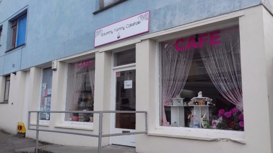 St Columb Major, UK: The One and Only Yummy Scrummy Cakehole