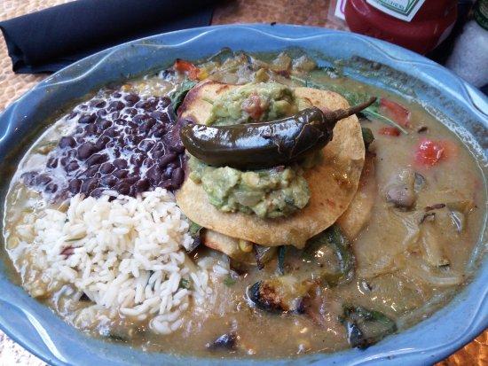 Oscar's Cafe: Veggie Enchilada!!