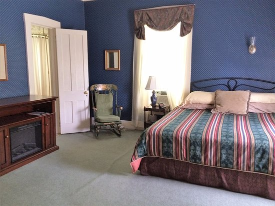 Rutland, VT: Choose the Fletcher if you like a king size bed