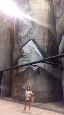 ลากอร์เดีย, สเปน: los murales alucinantes