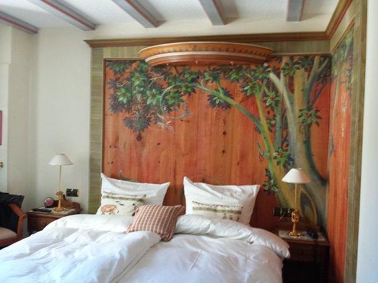 Salle de bain - Bild von Hotel Restaurant au Cheval Blanc ...