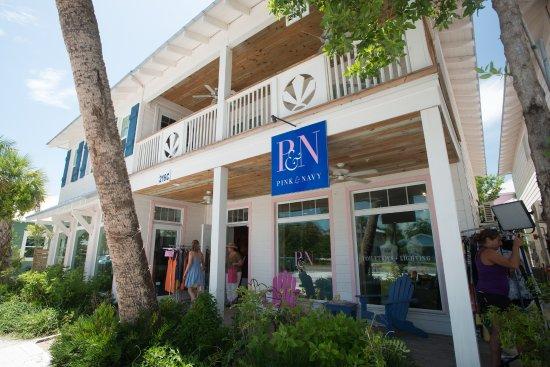 Pine Avenue Shops Bild Von Anna Maria Island Florida