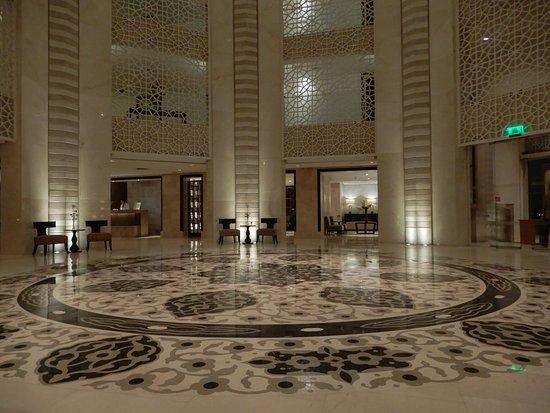 Hilton Luxor Resort & Spa: Lobby