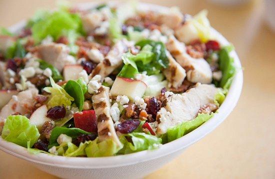 Akron, OH: Chicken Harvest Salad
