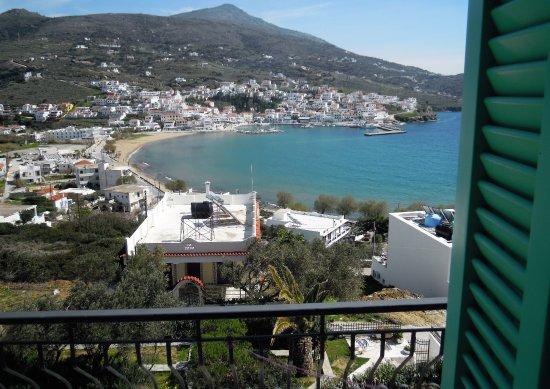 Batsi, Grecia: ΘΕΑ