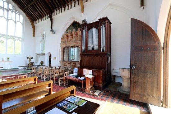 Oxborough, UK: side chapel