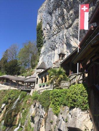 Sundlauenen, Switzerland: St. Beatus Hoehlen