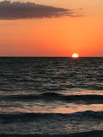 Barefoot Beach Resort: photo0.jpg