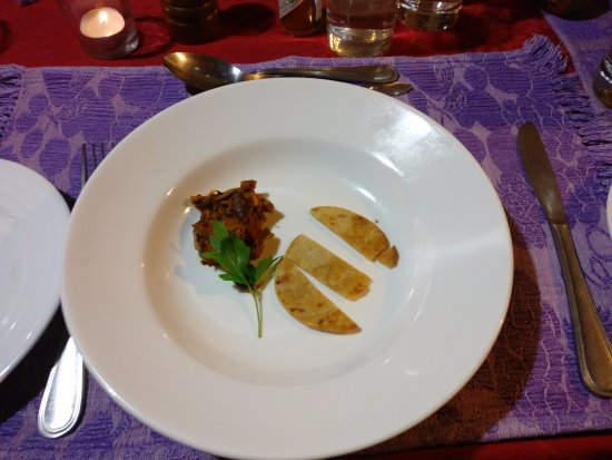 Sitla Estate: For an amazing food experience.