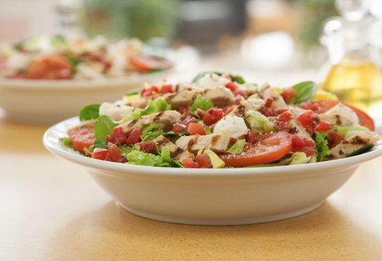Avon, Indiana: Chicken Caprese Salad