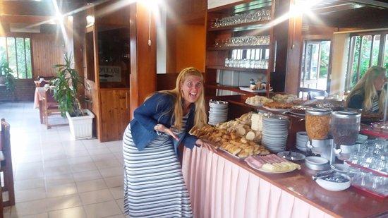 Oasis Parque Hotel : de todo y para todos los gustos en el desayuno