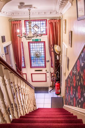 Creston Villa Guest House: creston-villa-lincoln-guest-rooms-accommodation-6_large.jpg