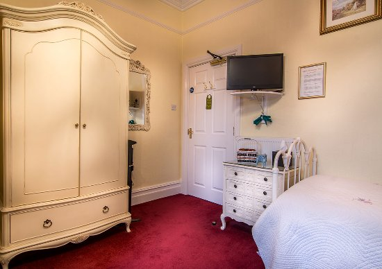 Creston Villa Guest House: garden-guesthouse-accommodation-lincoln-2_large.jpg