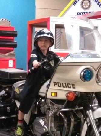 Hemet, CA: police motorcycle