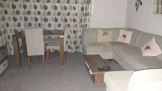 Kidwelly, UK: Lodge on seafront Easter 2017
