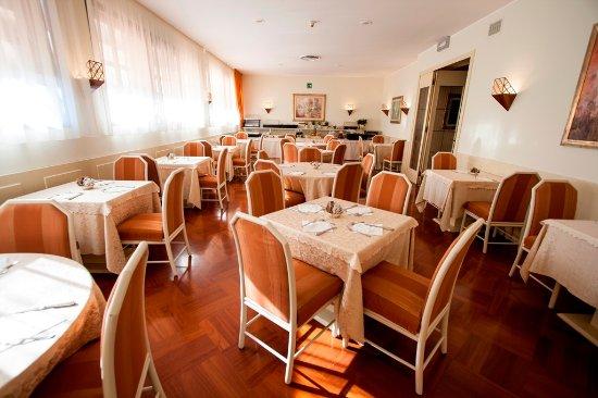 Fiorano Modenese, Italy: sala colazioni