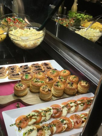 Killarney Towers Hotel & Leisure Centre: A selection of starters different choice daily