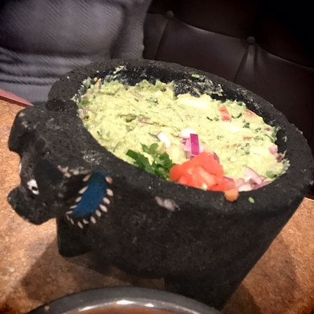 ‪‪Plaza Azteca‬: Fresh, table-side guacamole‬