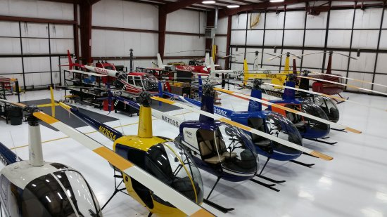 Caldwell, Айдахо: Helicopters in the hangar at Silverhawk Aviation Academy
