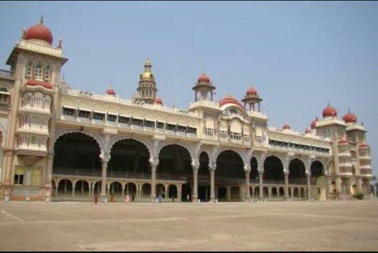 วังมหาราชามัยซอร์ (อัมบา วิลาส์): Mysore Maharajah's Palace (Amba Vilas)