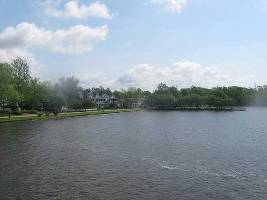 Edenton, Северная Каролина: view from house