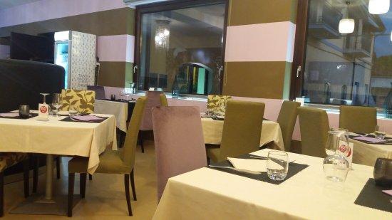 Fossano, Italien: Sala al piano superiore
