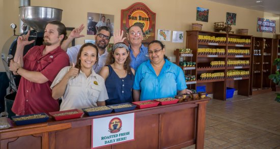 ‪‪Province of Guanacaste‬, كوستاريكا: The golden team that Sells the Golden Bean‬