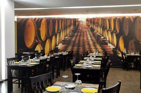 Entroncamento, Portugal: A adega Reynold's Wine Growers na nossa sala