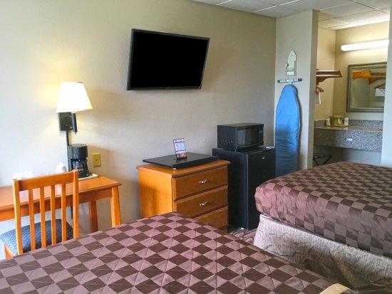 West Monroe, Луизиана: Two Double Beds