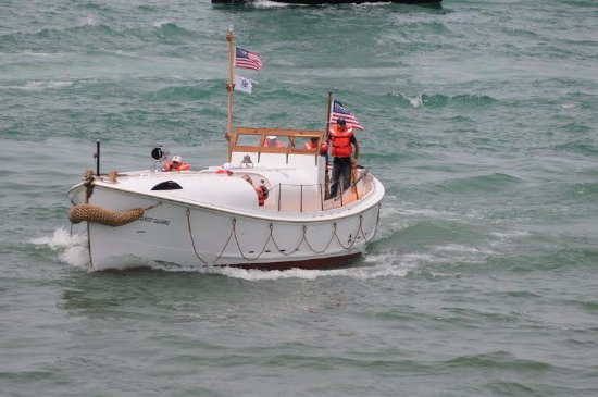 Michigan Maritime Museum: 36' motor lifeboat 36460 available for short excursions.