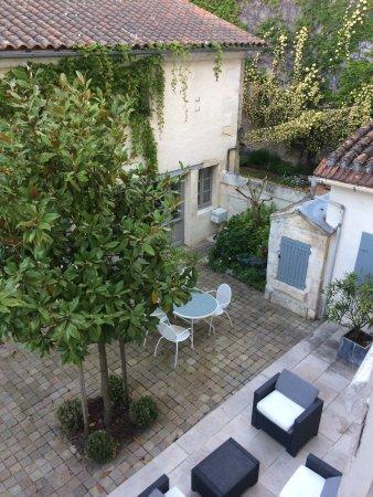 Chalais, Frankrike: photo prise de la chambre au petit matin