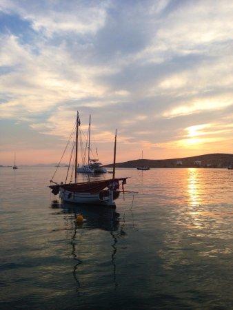 Παροικιά, Ελλάδα: Tango mare Paros