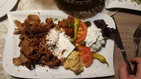 Uzun's Restaurant: 20170424_210741_large.jpg