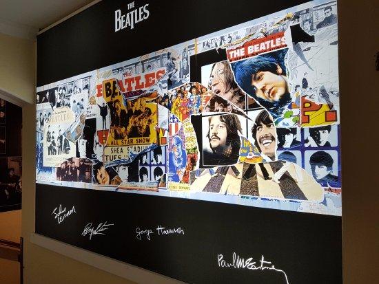 Egri Road Beatles Múzeum: The Beatles
